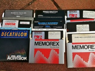 Old software (via ScottSimpson on Flickr)